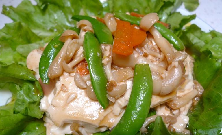 Organic tofu with organic thick sauce.